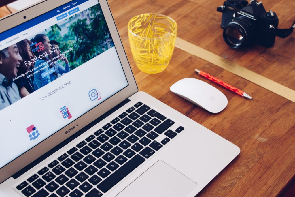 Facebook advertising page